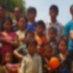 Open Doors auttoi kylästään karkotettuja perheitä