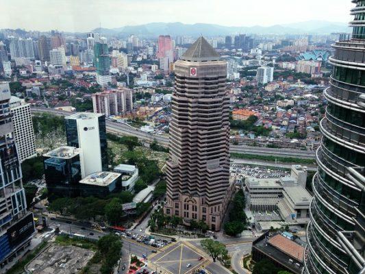 Kirkkoihin kohdistuvat iskut heijastavat ääriliikkeiden kasvua Malesiassa