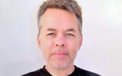 Amerikkalaispastori Andrew Brunson vankilasta kotiarestiin odottamaan oikeudenkäyntiä