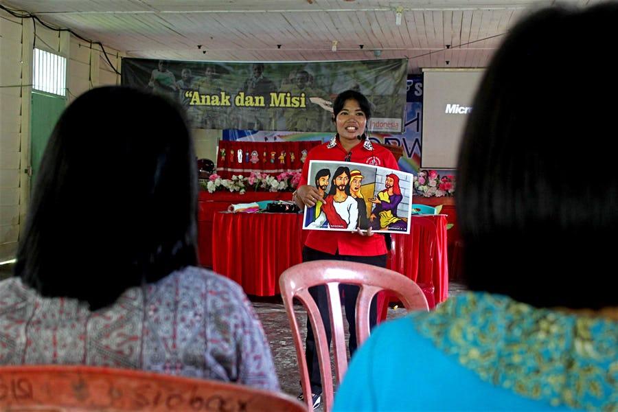 Open Doors kouluttaa pyhäkoulunopettajia Indonesiassa