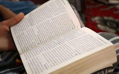 """""""Elämä on Kristus ja kuolema on voitto"""" – 5 opetusta rakkaansa uskonsa vuoksi menettäneiltä perheiltä"""