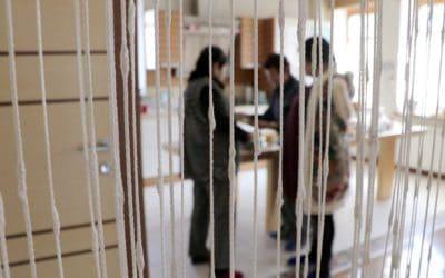 Yhteistä kasvua salassa Keski-Aasiassa,  naisten opetuslapseusryhmä kokoontuu viettämään kansainvälistä naistenpäivää