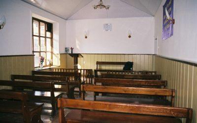 Tadžikistan: Lapsia estetään käymästä kirkossa ja jopa 5000 kristillistä kalenteria on poltettu