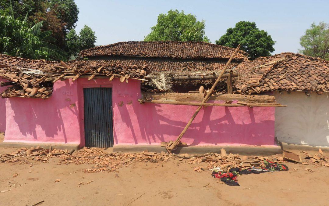 Suositeltavaa luettavaa: Uskontojen motivoima väkivalta aiheuttaa kustannuksia Intialle