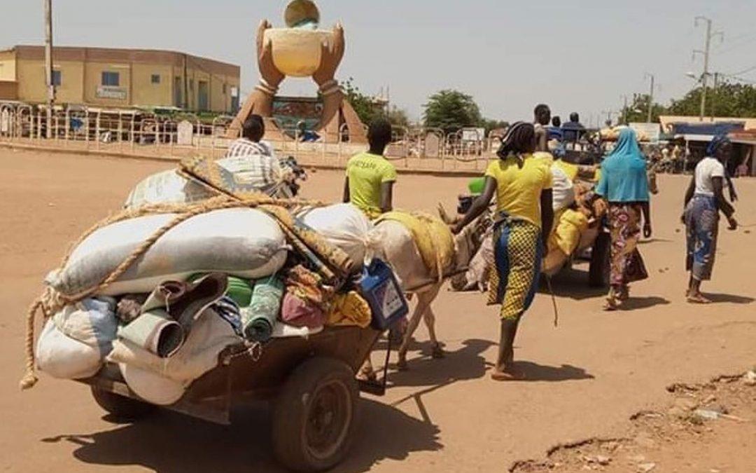 Elämää vainojen keskellä: tarinoita Länsi-Afrikan kristityiltä