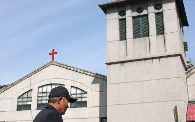 Kiina: Uudet uskonnolliset säädökset ja pastorin saama rangaistus asiantuntijoiden mukaan varoitus