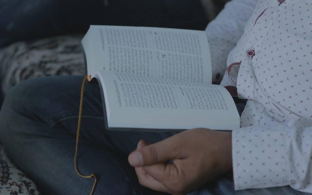 Raamattujen salakuljettaja johdatti rajavartijan uskoon