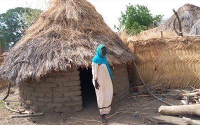 Rohkea, sokeana syntynyt, muslimitaustainen nainen on kylän ainoa kristitty