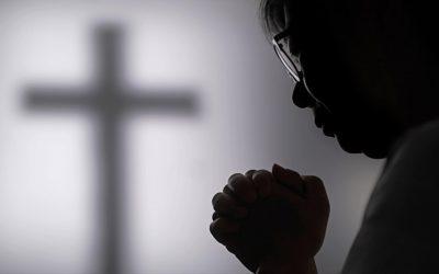 Hintalappu uskolle? Kiinan kristityille usko maksaa