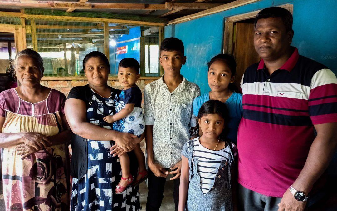 Murukku tuo taas tuloja Sri Lankan Zion-seurakunnan iskussa kärsineelle perheelle