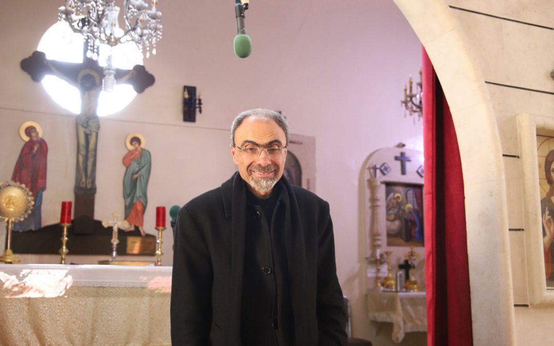 """Syyrialaisen seurakunnan paimen: """"Jos yksikin kristitty jää, niin minäkin jään ja palvelen häntä"""""""