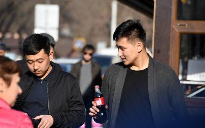 Keski-Aasian kirkkoa tapaamassa: nuori, vainottu ja nopeasti kasvava
